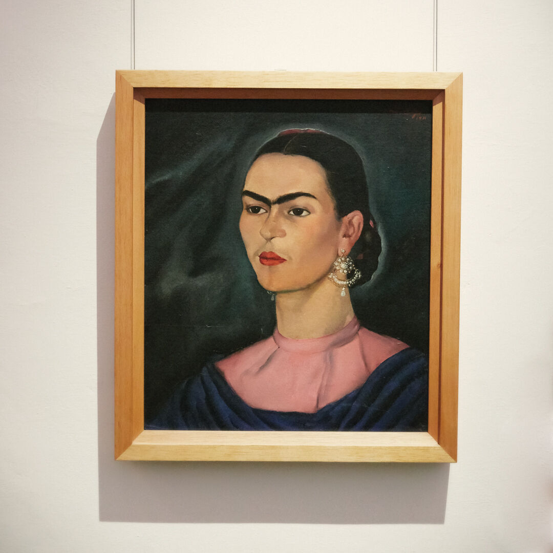 Up close and VERY PERSONAL with Frida Kahlo