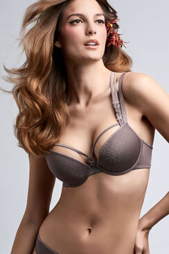 manjira push up bra