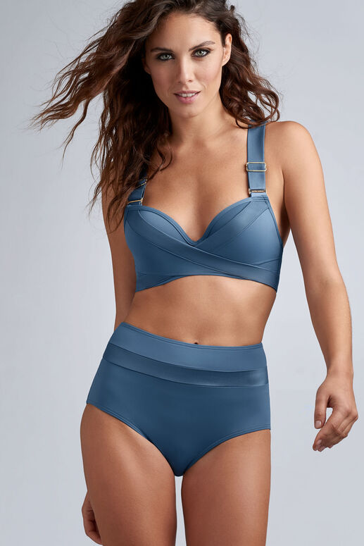 cache coeur push up bikini top