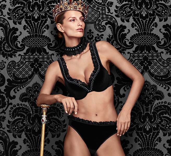 aw-18-couture-collection-marliesdekkers')$